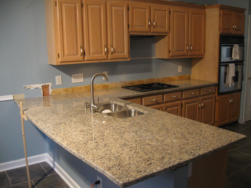 Beau New Venetian Gold   Granite Countertops Charlotte, Discount Granite  Counters And Cabinets